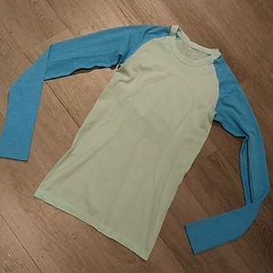 LULULEMON blue green Swift longsleeve Shirt Sz 4